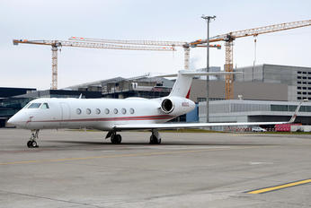 N581D - Private Gulfstream Aerospace G-V, G-V-SP, G500, G550
