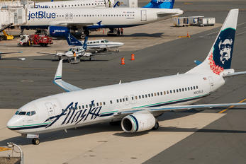 N533AS - Alaska Airlines Boeing 737-800