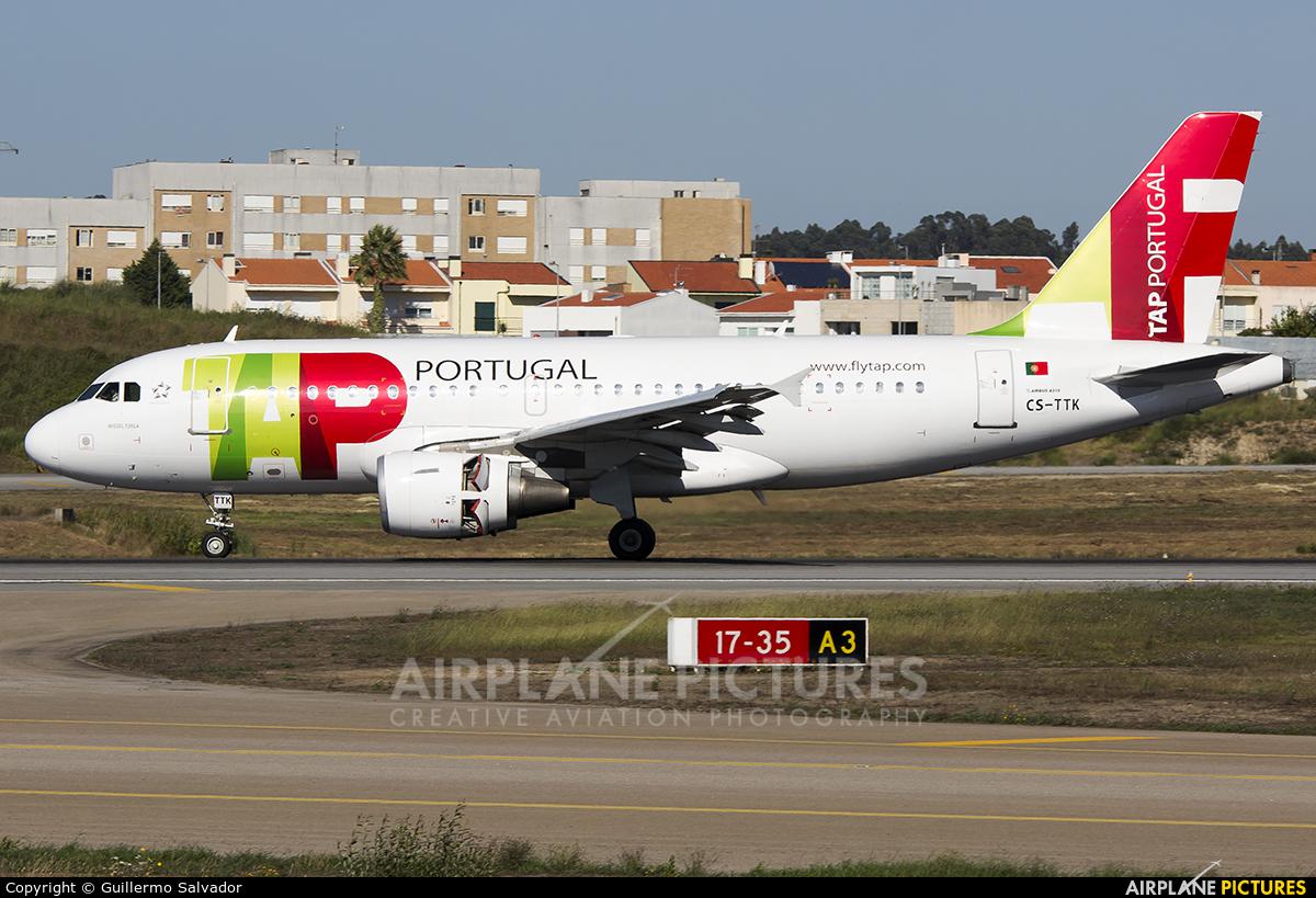 TAP Portugal CS-TTK aircraft at Porto