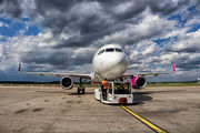 HA-LYT - Wizz Air Airbus A320 aircraft