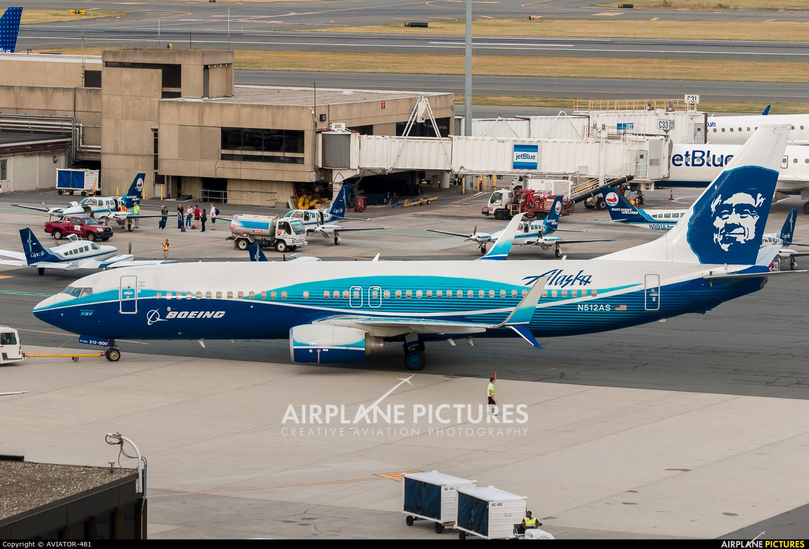N512as Alaska Airlines Boeing 737 800 At Boston