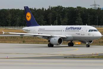 D-AILR - Lufthansa Airbus A319
