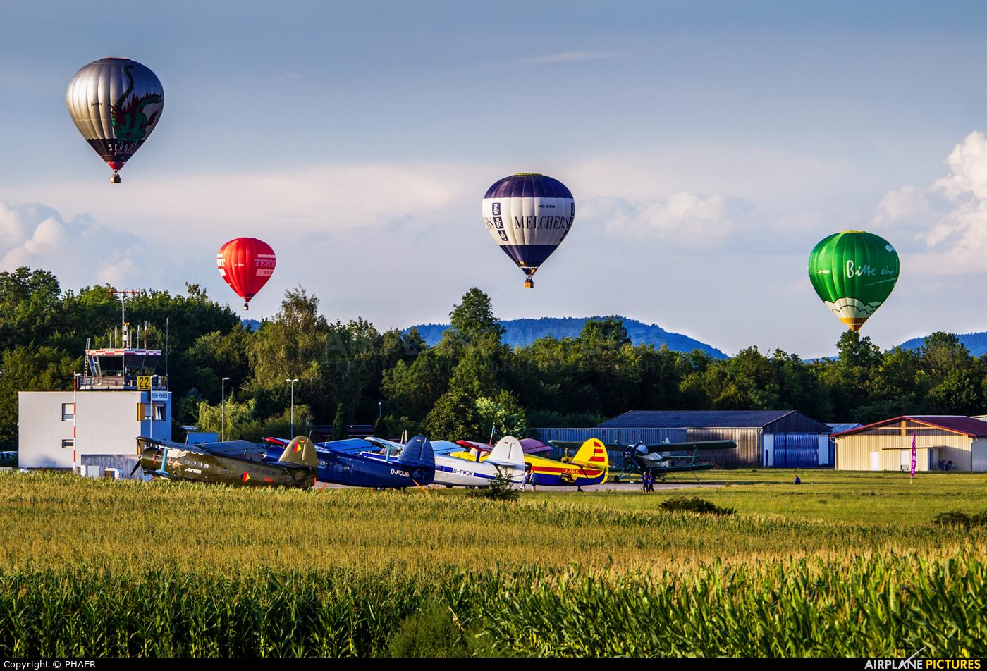 - Airport Overview - aircraft at Trier-Föhren