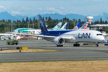 CC-BGD - LAN Airlines Boeing 787-9 Dreamliner