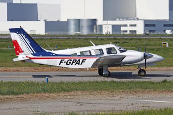 F-GPAF - Private Piper PA-34 Seneca