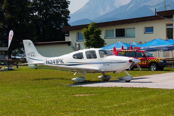 N241PK - Private Cirrus SR22