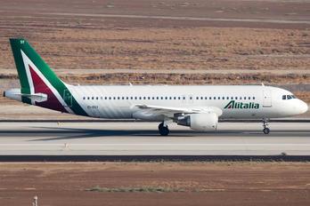 EI-DSY - Alitalia Airbus A320