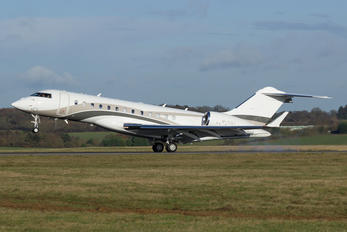 M-YULI - Private Bombardier BD-700 Global Express XRS
