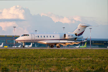 S5-ADE - Elit Avia Bombardier BD-100 Challenger 300 series