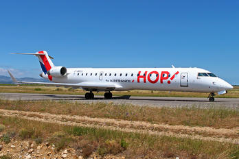 F-GRZJ - Air France - Hop! Canadair CL-600 CRJ-702