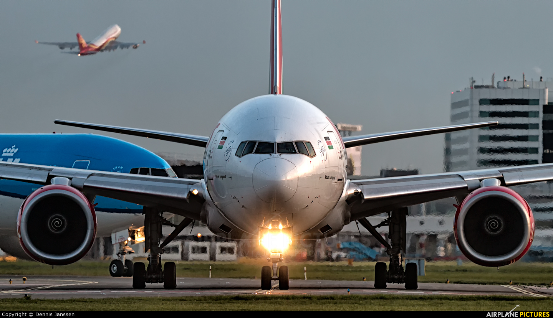 Kenya Airways 5Y-KYZ aircraft at Amsterdam - Schiphol