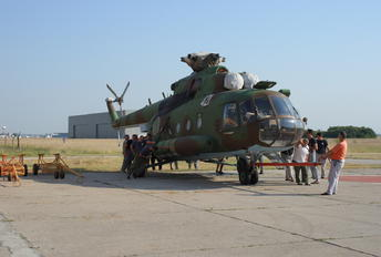 421 - Bulgaria - Air Force Mil Mi-17