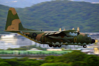 1305 - Taiwan - Air Force Lockheed C-130E Hercules