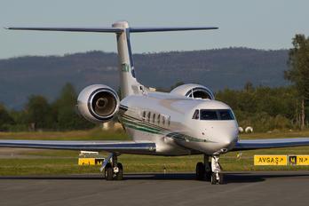 N253CM - Private Gulfstream Aerospace G-IV,  G-IV-SP, G-IV-X, G300, G350, G400, G450