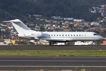 EC-IUQ - Sky Service Aviation Bombardier BD-700 Global Express