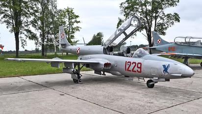 1229 - Poland - Air Force PZL TS-11 Iskra