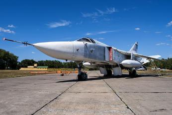 26 WHITE - Belarus - Air Force Sukhoi Su-24M