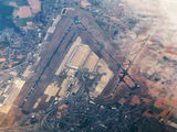 - - United Airlines - Airport Overview - Overall View aircraft