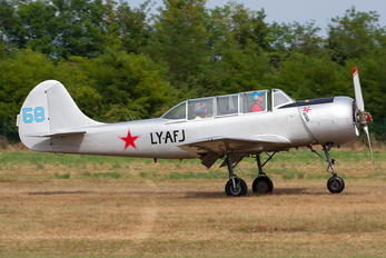 LY-AFJ - Private Yakovlev Yak-52