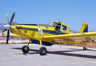 EC-LNG - Avialsa Air Tractor AT-802