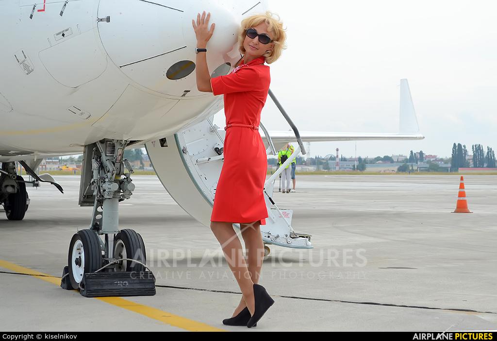 - Aviation Glamour - aircraft at Sochi Intl