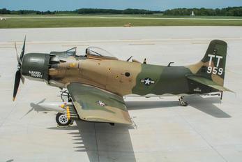 NX959AD - Private Douglas A-1 Skyraider