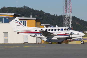 LN-TWL - Bergen Air Transport Beechcraft 200 King Air