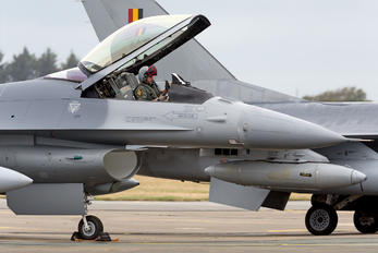 FA-83 - Belgium - Air Force General Dynamics F-16A Fighting Falcon