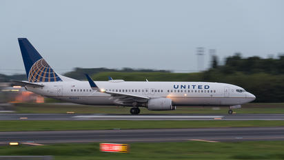 N33294 - United Airlines Boeing 737-800