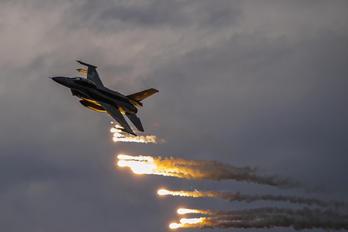 4087 - Poland - Air Force Lockheed Martin F-16D block 52+Jastrząb