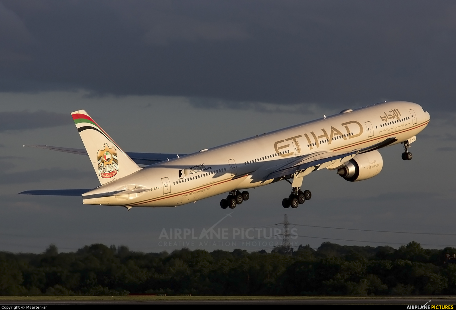 Etihad Airways A6-ETD aircraft at Manchester