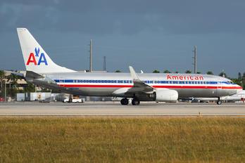 N820NN - American Airlines Boeing 737-800