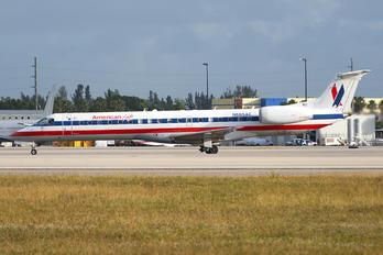 N685AE - American Eagle Embraer EMB-145
