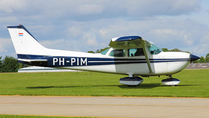 PH-PIM - Private Cessna 172 Skyhawk (all models except RG)
