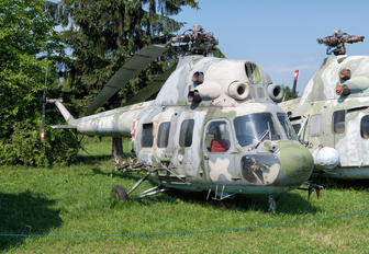 4316 - Poland - Air Force PZL Mi-2