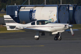 LN-XKY - Private Lancair 235