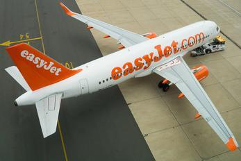 G-EZWK - easyJet Airbus A320