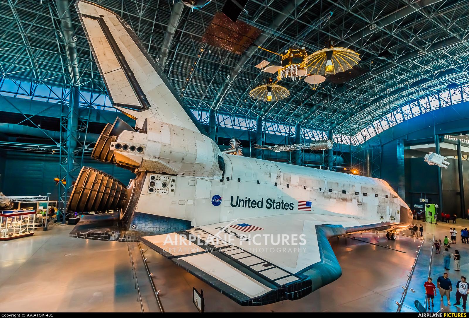 NASA OV-103 aircraft at Steven F. Udvar-Hazy Center