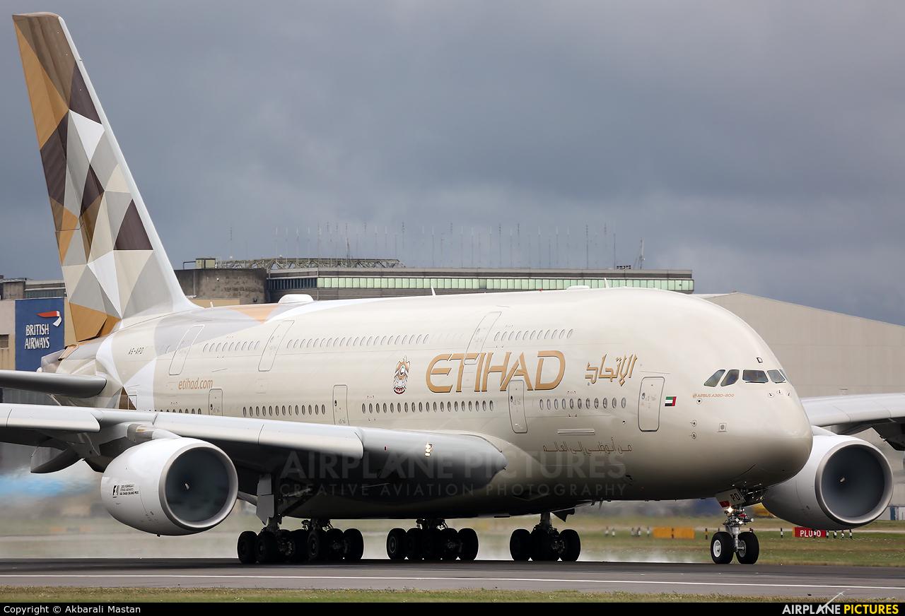 Etihad Airways A6-APD aircraft at London - Heathrow