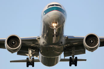B-KQZ - Cathay Pacific Boeing 777-300ER