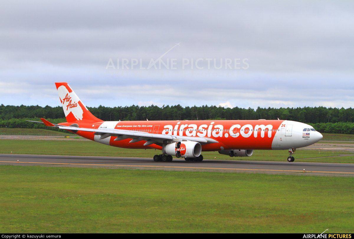 9M-XXM - AirAsia X Airbus A330-300 at New Chitose | Photo ...