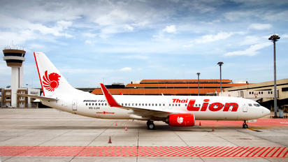 HS-LUH - Lion Airlines Boeing 737-800