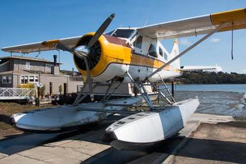 N5220G - San Fransisco Seaplane Tours de Havilland Canada DHC-2 Beaver