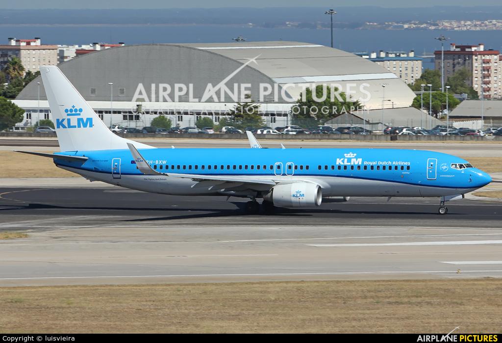 KLM PH-BXW aircraft at Lisbon