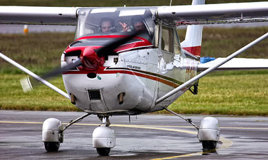 PH-KRI - Special Air Services Cessna 172 Skyhawk (all models except RG)
