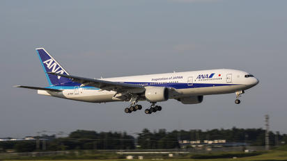 JA709A - ANA - All Nippon Airways Boeing 777-200