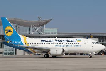 UR-GBC - Ukraine International Airlines Boeing 737-500