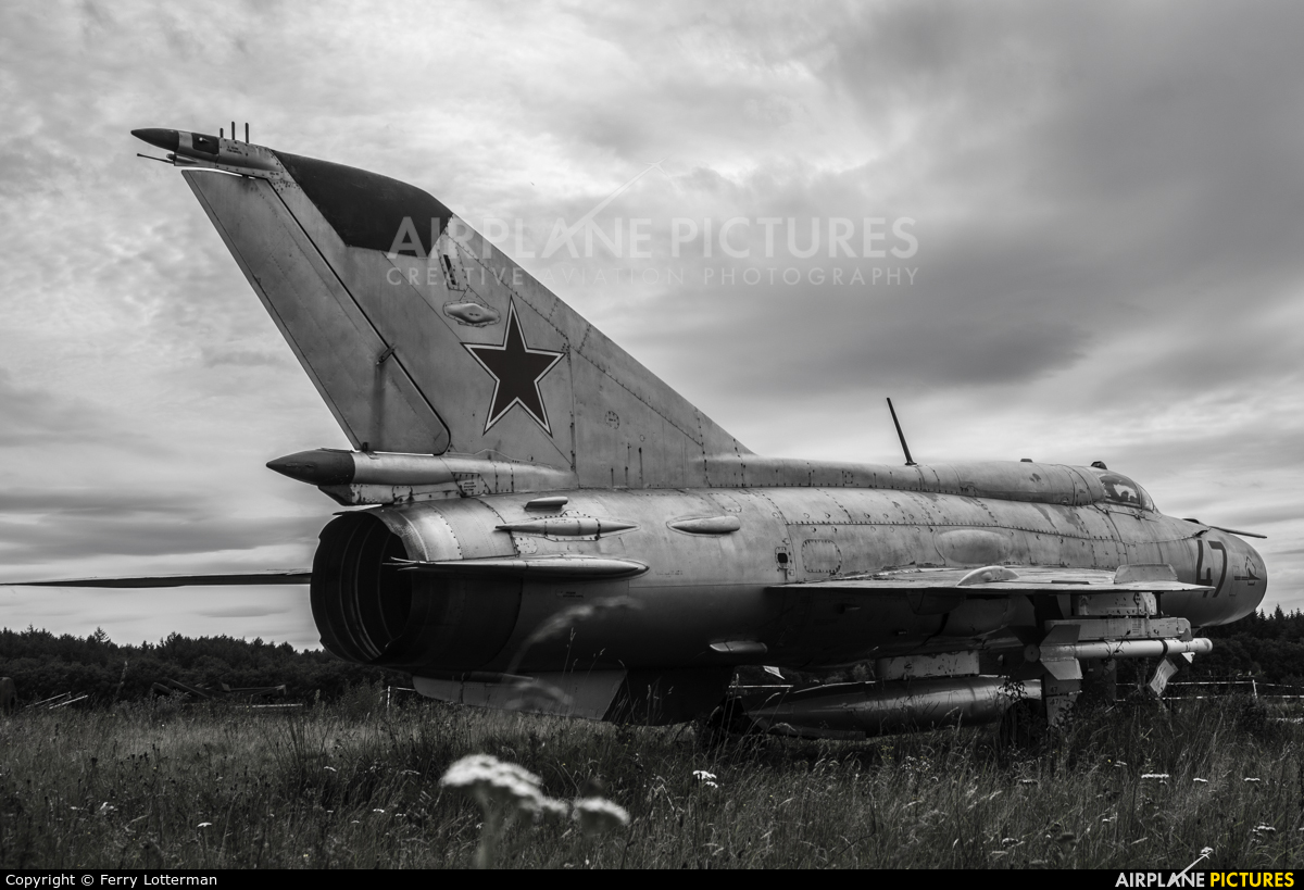Russia - Air Force 47 aircraft at Soesterberg