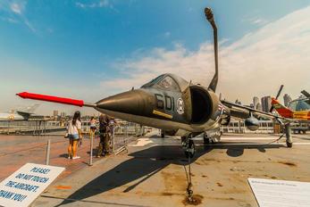 159232 - USA - Navy McDonnell Douglas AV-8C Harrier II