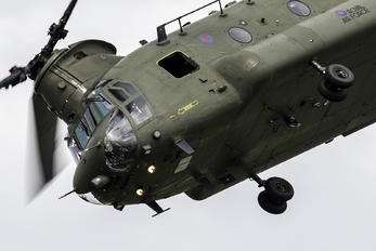 ZA681 - Royal Air Force Boeing Chinook HC.2